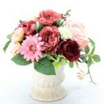 雑貨店【Aming】のフラワーアレンジメント教室は、実際売っているお花を自由に使ってアレンジが出来ますよ!!