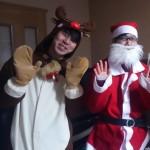 青年サンタがお家にやって来ました!!サンタクロースのメッセージ効果はバツグンです。来年も絶対応募します!