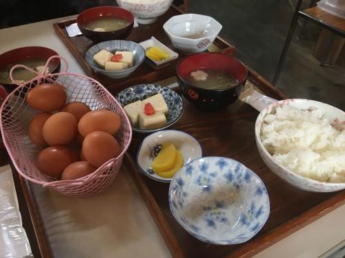 かけ ご飯 卵 亀岡