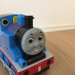 トーマス好きにはたまらない!?約 20両の蒸気機関車がずらりと並ぶ扇形車庫のライトアップ 期間中は扇形車庫エリアのみ入場無料。