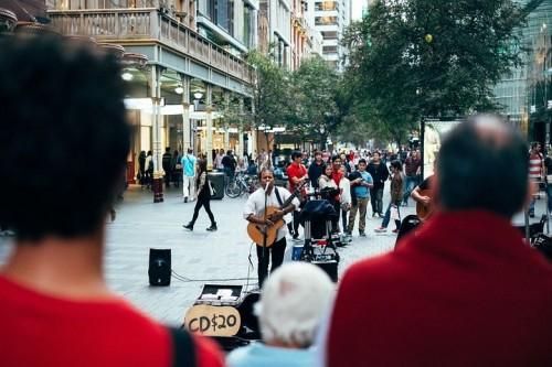 street-performer-691152__480