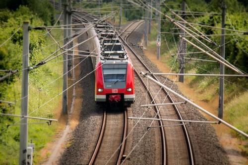 train-797072__480