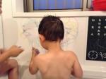 お風呂でお絵描きできちゃう♪こども大よろこびのお風呂グッズ見つけました。