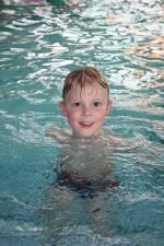 彦根イトマンスイミングスクールで夏の水泳教室開催!ベビーから成人まで様々なコースが選べます!