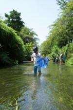 「水の中の生き物の観察会」が開催!川遊び感覚で水生生物を探そう!☆要申込、参加費100円