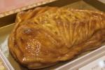 結婚、進学、出産・・・おめでたいお祝いのプレゼントにはクラブハリエの、鯛の形のアップルパイ、「めで鯛」がオススメ!!