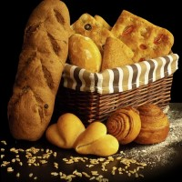bread-2241108_640