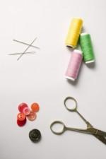 子どもに手縫いのおもちゃ(絵本)を作りませんか!安全で温かみのある布で手縫いをしましょう!☆要申込