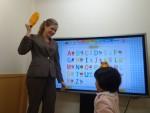 英語をはじめるなら「こども英会話専門校」のアミティーへ! 生徒のママが語る専門校の魅力とは?2月なら入学金0円!