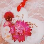 お花を飾ってアロマワックスバーを作ってみませんか?やさしい香りに癒されますよ♪3月30日、長浜で開催!子連れOK♪