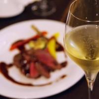素材 ホテル ディナー ごちそう ステーキ シャンパン