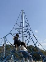 【4月1日リニューアル】大型ザイルクライミングもあり!新しくなったびわこ文化公園(文化ゾーン)の遊具で遊んでみた☆